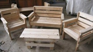 pallet-furniture-set-300x168