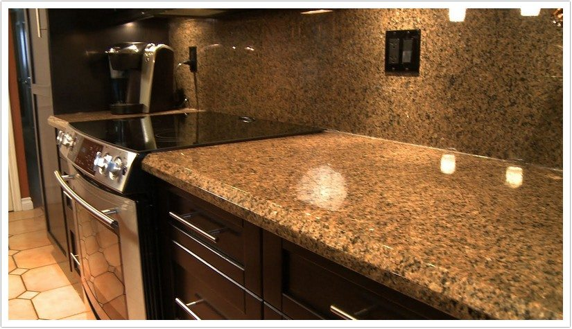 Desert brown granite with white cabinets roselawnlutheran for Brown kitchen cabinets with black granite
